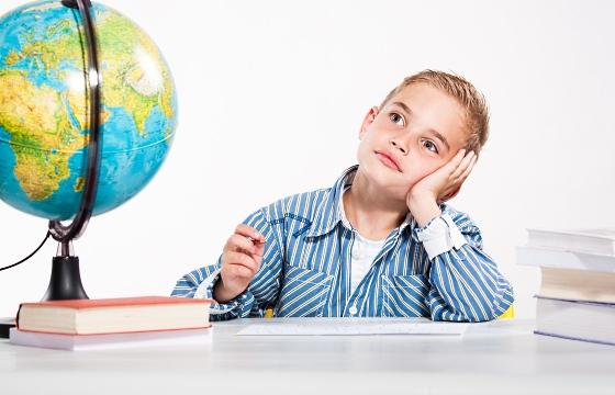 картинки ребенок в школе